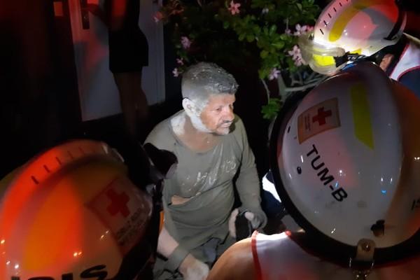 Se requirió el apoyo de los Bomberos, Cruz Roja de Tampico y Madero, Policía Estatal, Tránsito y Guardia Nacional para poder rescatar a los obreros. Foto: Especial