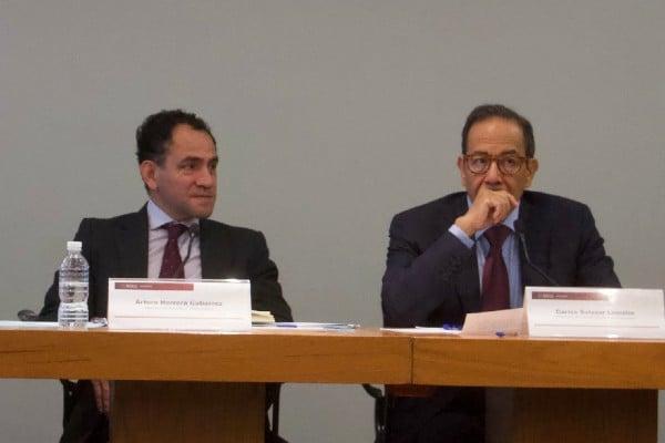 Arturo Herrera y Carlos Salazar Lomelín durante la conferencia de prensa en donde se abordaron temas como las modificaciones para castigar las evasiones fiscales y los sellos digitales. Foto: Cuartoscuro