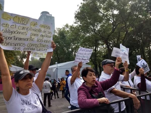 Los manifestantes pidieron apoyo al presidente de la República. Foto: Especial