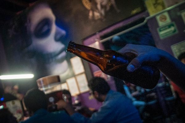 alcoholismo jóvenes adolescentes El Heraldo Radio Juan Arturo Sabines