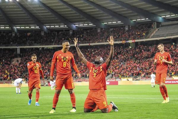 POTENCIA. Romelu Lukaku destacó en el duelo ante San Marino, al conseguir un doblete. Foto: AFP