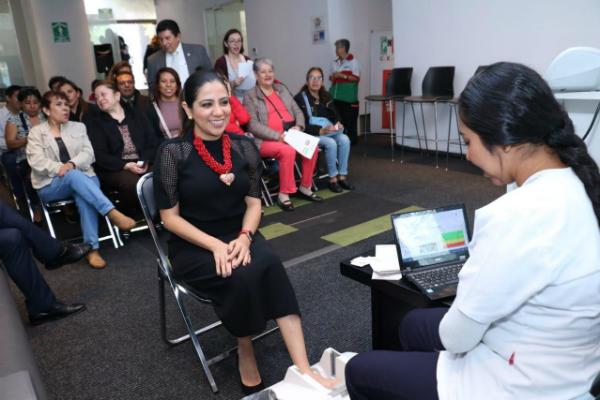 PRI realiza Feria de la Salud en marco del Día Mundial de la Osteoporosis