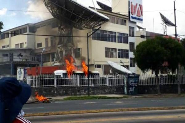 ecuador_protestas_manifestantes_periodistas