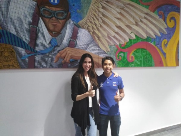 Eloy López y Ana Narro en las instalaciones de El Heraldo de México. FOTO: Especial