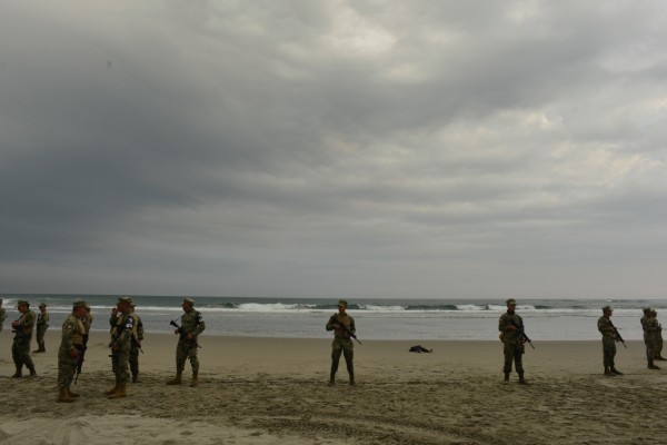 La embarcación naufragó a la altura de Puerto Arista, en el municipio de Tonalá. Foto: Cuartoscuro