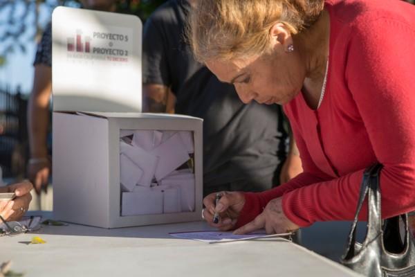 CALMA. La votación transcurrió sin incidentes. El mandatario electo emitió a las 10:00 horas su sufragio. Foto: Cuartoscuro