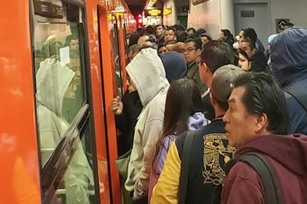 Metro cDMX reporte servicio 14 octubre