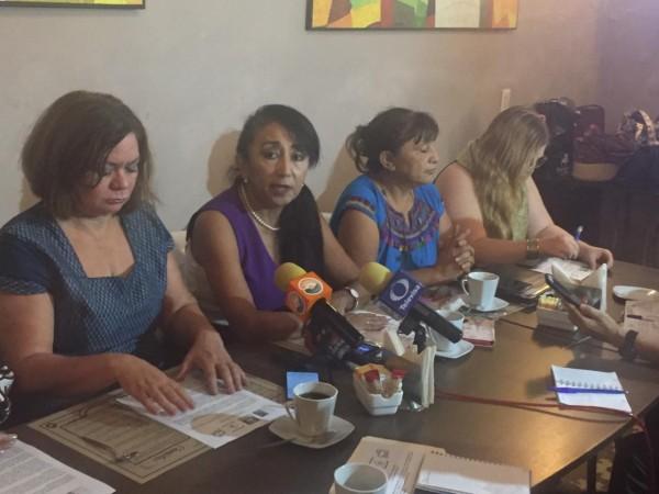 Activistas de la Red de Mujeres por la Democracia Paritaria. Foto: Especial