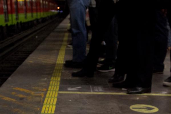 metro intento de suicidio linea 12