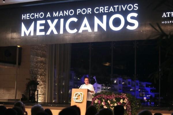 El gobernador Carlos Joaquín inauguró el complejo hotelero Atelier Estudio, en Playa Mujeres. Foto: Especial