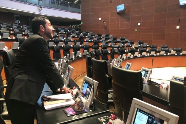 El legislador de Morena, Martí Batres. Foto: @martibatres