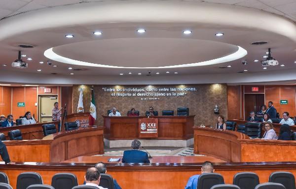 Diputados del Congreso de Baja California votaron la ampliación del periodo del gobernador electo, Jaime Bonilla, de 2 a 5 años, con lo que se quedará en el cargo hasta 2024. FOTO: SERGIO CARO /CUARTOSCURO.COM