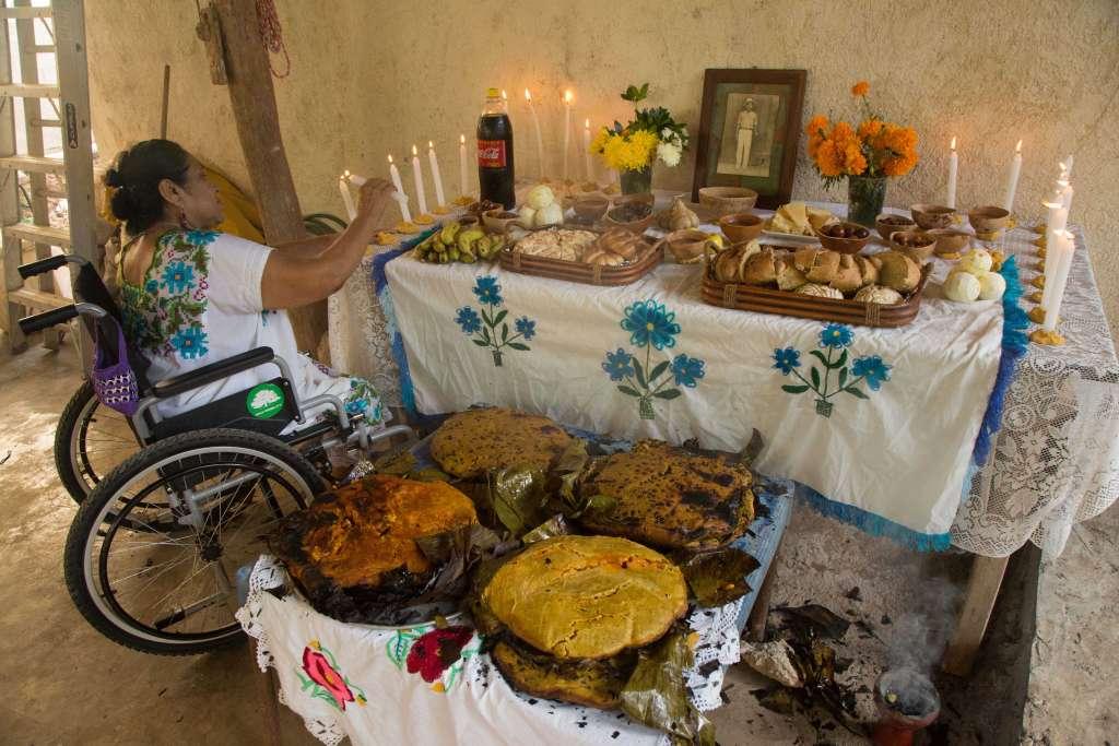 Altar de Día de Muertos en Campeche. FOTO: Cuartoscuro