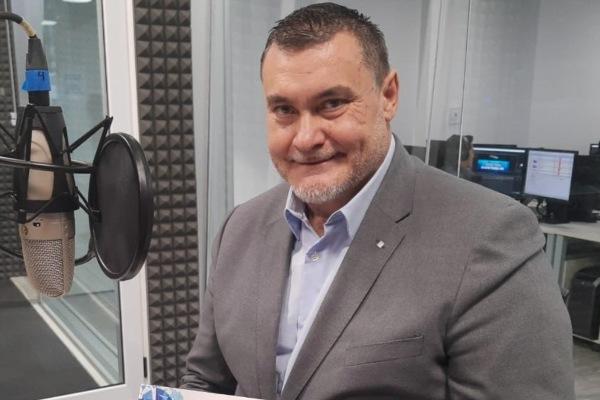 El periodista español, Xurxo Torres, en entrevista en Sergio y Lupita