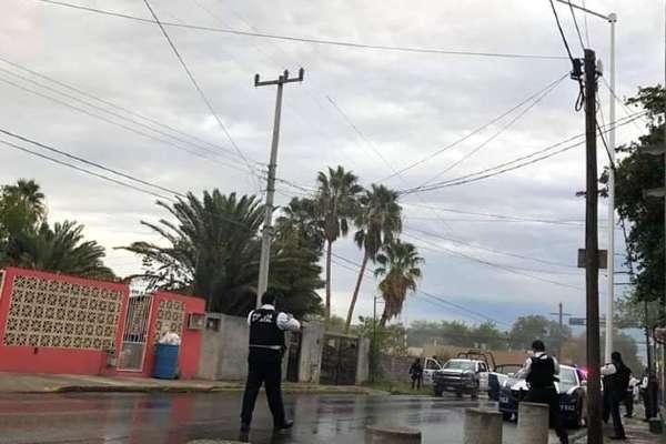 Se informó que el vehículo desde donde hicieron disparos los delincuentes, se impactó en la avenida Hidalgo, en Reynosa. Foto: Especial
