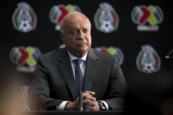 Enrique Bonilla, presidente de la Liga Mx, platicó con Alejandro Domínguez. Mexsport