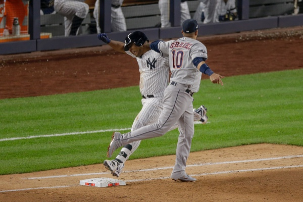 Astros y Yankees tendrán su partido cuatro hasta este jueves por la noche. AP