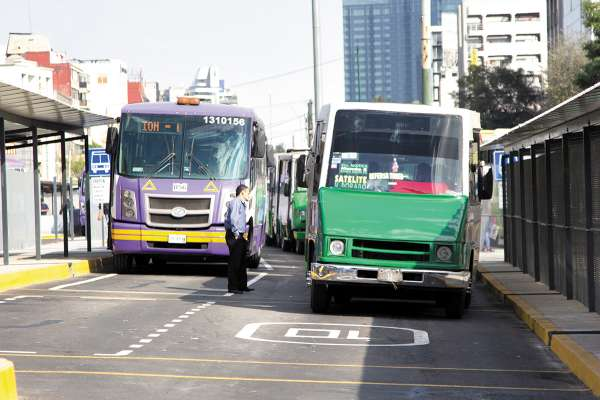 PROGRAMA. La formación de empresas permite a los pequeños transportistas acceder al crédito. Foto: CUARTOSCURO