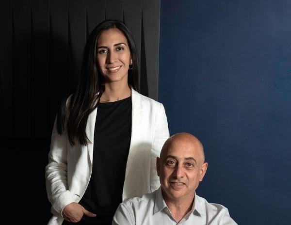SOCIEDAD. Desde hace siete años, Cristina y Ezequiel están asociados. Foto: Cortesía