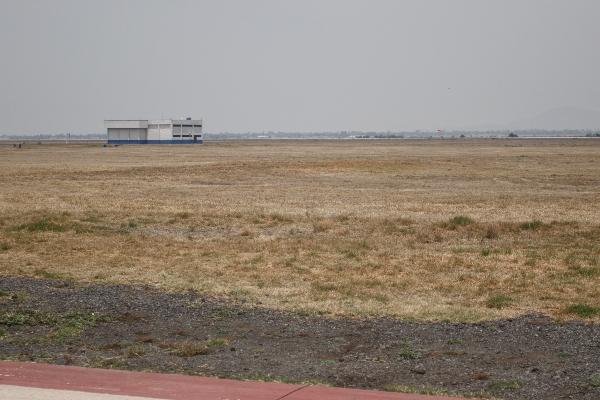Terrenos en la base militar de Santa Lucía FOTO: ISAAC ESQUIVEL /CUARTOSCURO.COM
