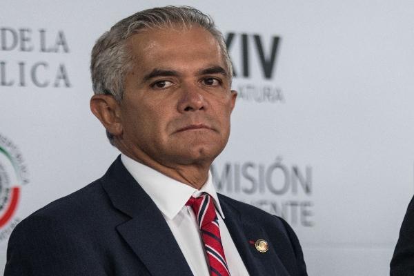 El senador perredista consideró prudente no arriesgas vidas de civiles. FOTO: ANDREA MURCIA /CUARTOSCURO.COM