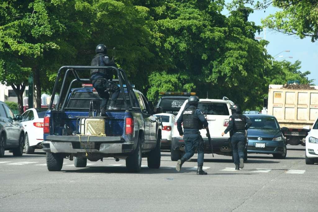 Diversos enfrentamientos se registraron tras la detención de unos de los hijos de El Chapo Guzmán, Oviedo Guzmán López. Foto: Cuartoscuro