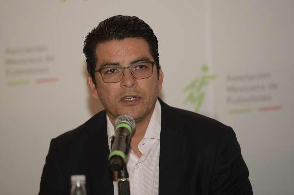 DUDAS. Álvaro Ortiz dijo que el fondo es de 17 mdp y no de 18 mdp. Foto: Mexsport.