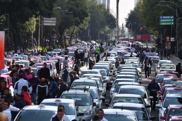 Una de las manifestaciones de los trabajadores del volante. Foto: Pablo Salazar Solís