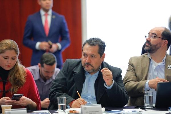 José Alejandro Peña señala que 10 mil de los 12 mil robos son de forma violenta: FOTO: @JAlejandroPenaV