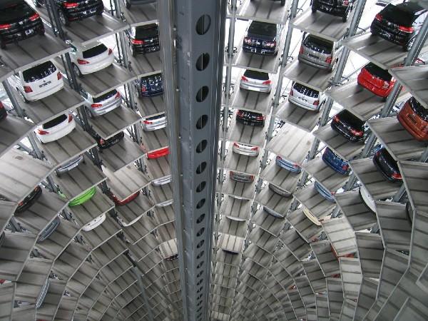 La regulación en la importación de autos ilegales, reducirá las ventas de autos 30 por ciento hacia 2021, según información del AMDA. Foto: Pixabay