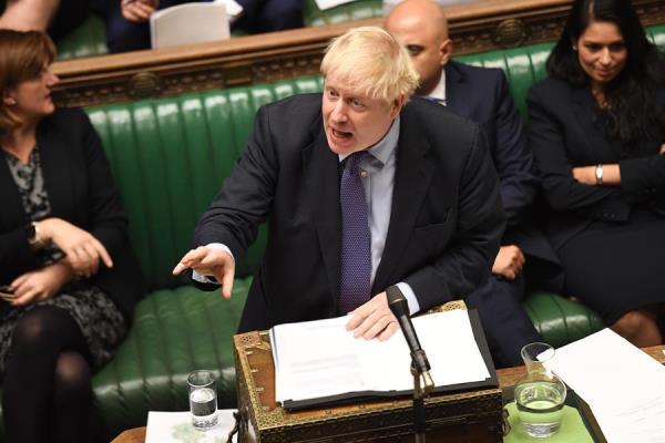TRABAJO. El premier británico, Boris Johnson, presentó ayer su nuevo proyecto. Foto: EFE