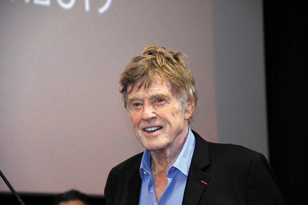 GALARDÓN. El actor obtuvo una butaca de cine con su nombre. Foto: Especial