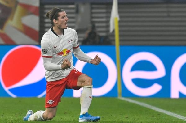El jugador austríaco de 25 años marcó un golazo- Foto: @DieRotenBullen