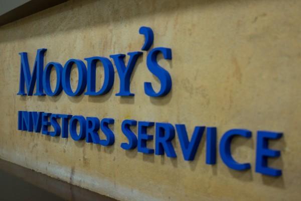 calificadoras_Moodys_pagos_contratos_empresas