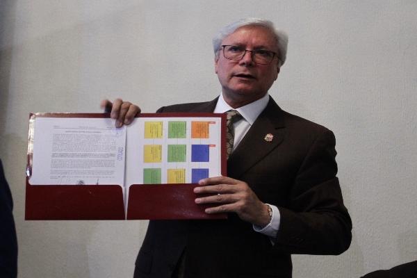 Jaime Bonilla insiste que tomará protesta por un periodo de 5 años como dicta la ley. FOTO: NOTIMEX
