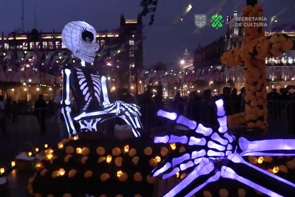 dia-muertos-cdmx-turismo-marcha-catrinas-ofrenda-monumental-zocalo-alebrijes-zombies-cdmx-capitalino