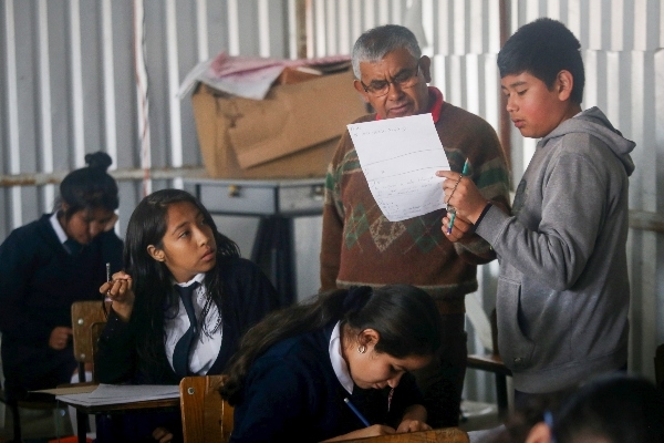 La federalización del pago de nómina magisterial comenzó en Michoacán.  Foto: Archivo/Cuartoscuro