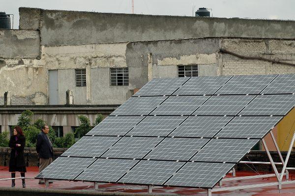 255 por ciento, alza que se prevé para 2023 en la generación solar distribuida. Foto: CUARTOSCURO