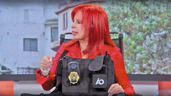 GADGET. Layda Sansores presentó en El Heraldo TV el equipo que utilizarán los policías de Álvaro Obregón. Foto: Especial.