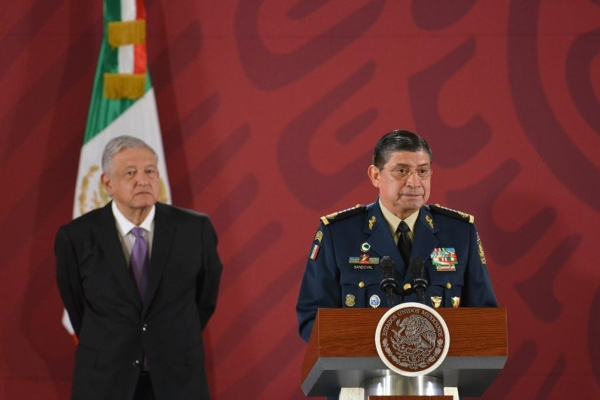 López Obrador y Luis Cresencio Sandoval. Foto: Presidencia