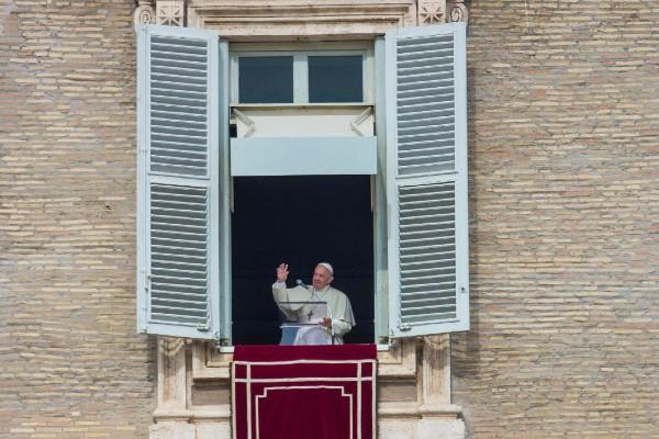 Papa Francisco desde la ventana del Palacio Apostólico. Foto: Pablo Esparza