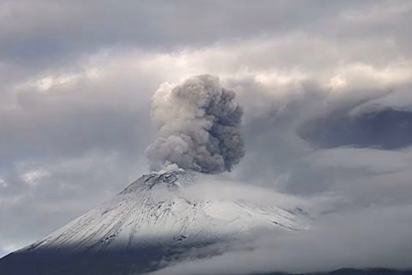 Así lució el Popocatépetl por la mañana. Foto: Cenapred