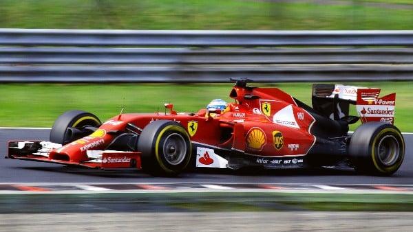 Bólido de Ferrari durante el Gran Premio de la Fórmula 1. FOTO: ESPECIAL