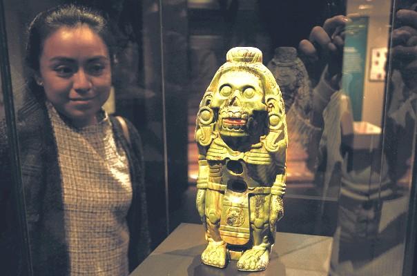 JOYAS. Pieza que hace alusión al dios Quetzalcóatl. Foto: Especial