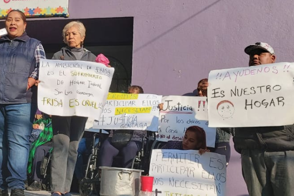protesta casa hogar naucalpan