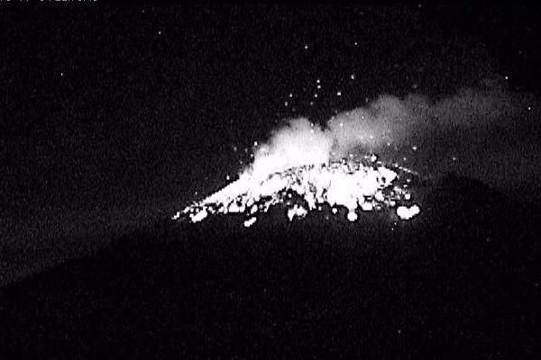 Popocatépetl_explosion_4_noviembre