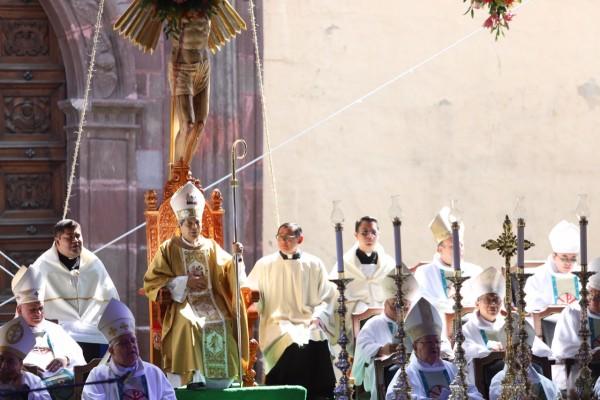 ESTATUS. Andrés Vargas Peña asumió como el primer obispo de la diócesis. Foto: Víctor Gahbler