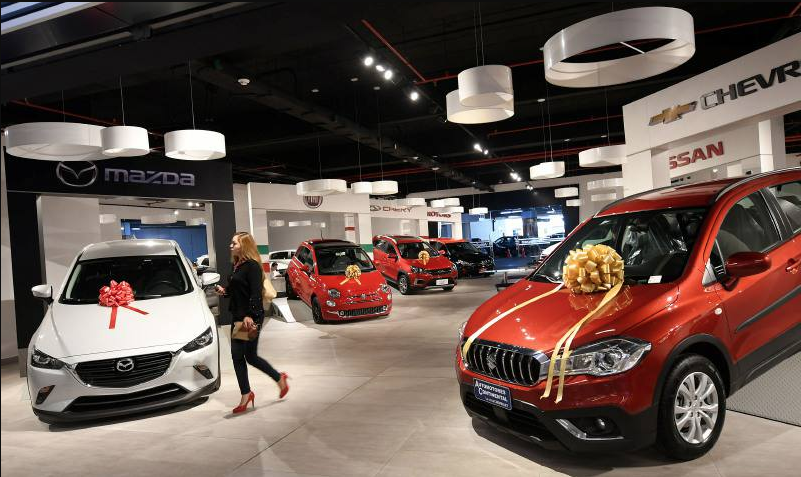 Siete de las 11 marcas que producen vehículos en México registraron caída. Foto: Especial