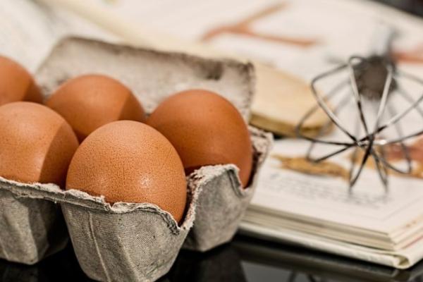 Huevo blanco o huevo rojo, ¿cuál es la diferencia?