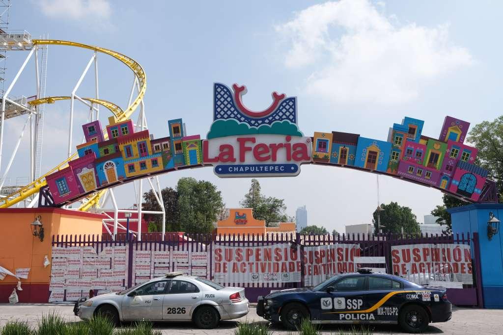 """Tras el accidente en el que murieron dos personas y dos resultaron heridas, el pasado 28 de septiembre en el juego """"Quimera"""" de la Feria de Chapultepec cerró. Foto: Cuartoscuro."""